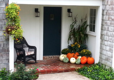 Fall front porch arrangement.